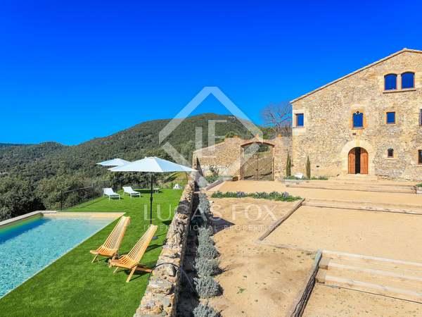 Landhuis van 1,008m² te koop in Baix Emporda, Girona