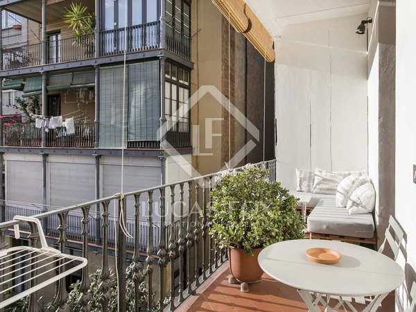 135m² Apartment with 12m² terrace for rent in Eixample Right