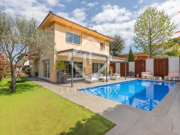 Huis / Villa van 302m² te koop met 120m² Tuin in Palau