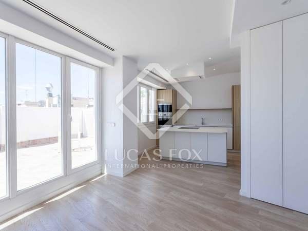 109m² Penthouse with 52m² terrace for rent in Sant Francesc