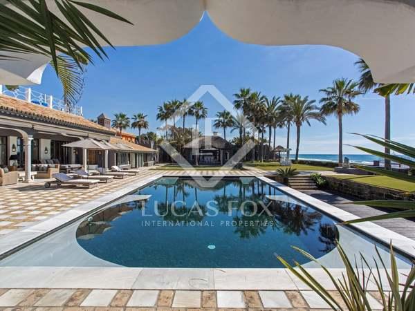 Maison / Villa de 1,080m² a vendre à Est de Marbella