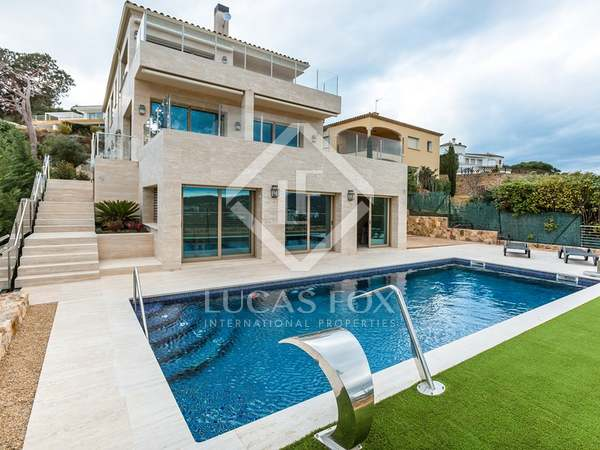 Luxury villa to buy in Sant Antoni de Calonge, Playa de Aro