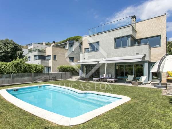 614 m² villa for sale in Pedralbes, Barcelona