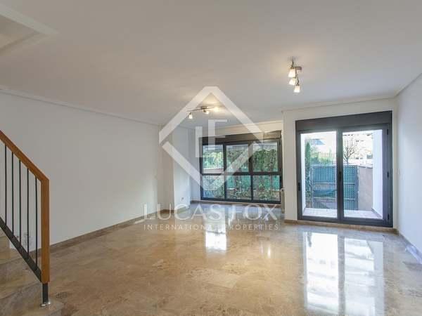 Huis / Villa van 292m² te koop in El Pla del Real, Valencia