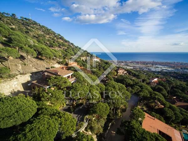 581m² House / Villa for sale in Cabrils, Barcelona
