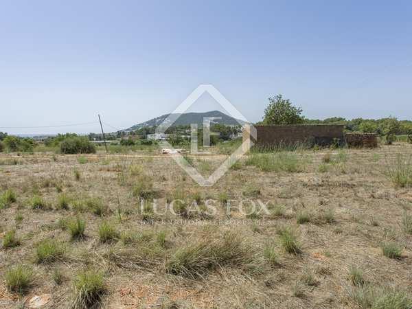 Parcela de 16.053 m² en venta en Santa Eulalia, Ibiza