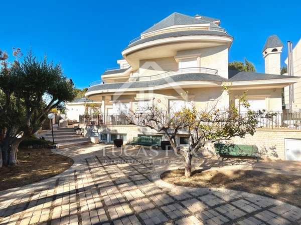 1,147m² House / Villa with 1,054m² garden for sale in Cabo de las Huertas