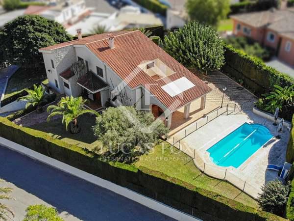 Casa / Villa de 365m² en venta en Playa San Juan, Alicante