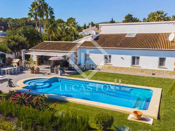 Huis / Villa van 347m² te koop in Jávea, Costa Blanca