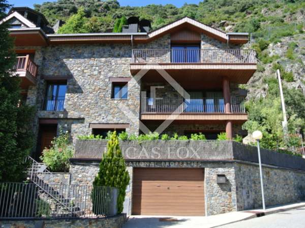 406m² Hus/Villa till salu i Andorra la Vella, Andorra