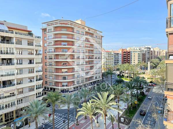 131m² Apartment for sale in Alicante ciudad, Alicante