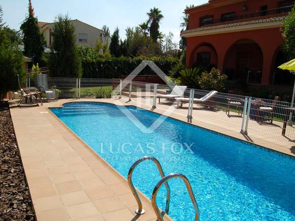 340 m² Villa for rent in La Eliana, Valencia