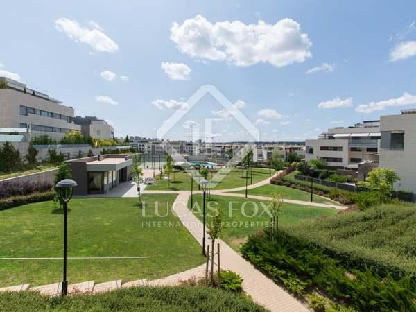 Ático con 90 m² de terraza en venta en Aravaca, Madrid