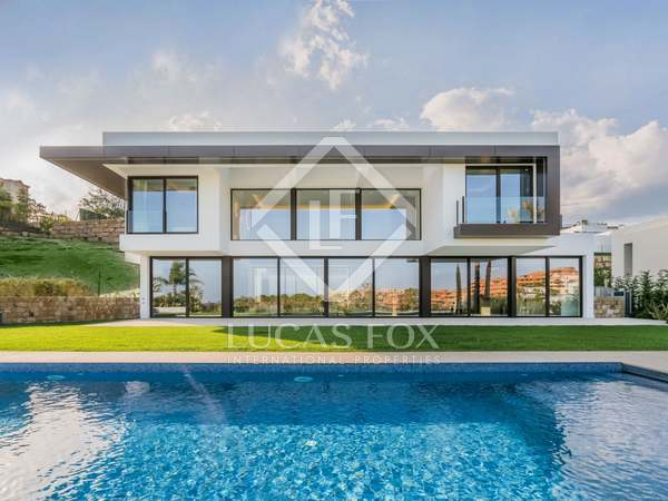 863m² House / Villa with 147m² terrace for sale in Benahavís