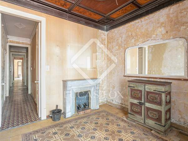 117m² Apartment with 78m² terrace for sale in Eixample Right