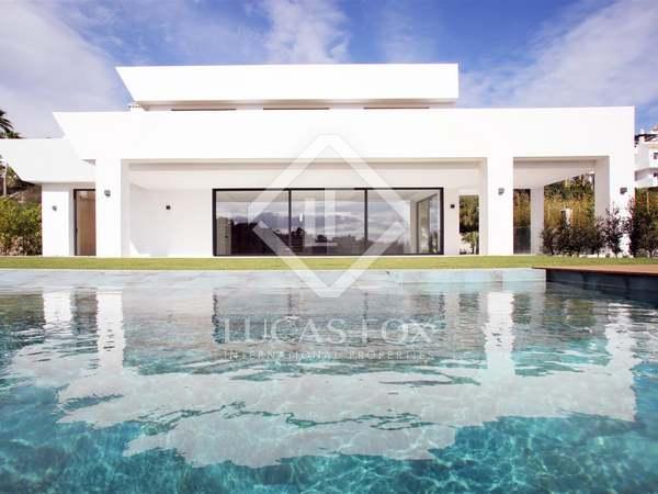 Villa de 545 m² con jardín grande en venta en Benahavís
