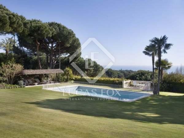 Maison de luxe à acheter sur la Côte du Maresme, à proximité de la ville de Barcelone, en Espagne.