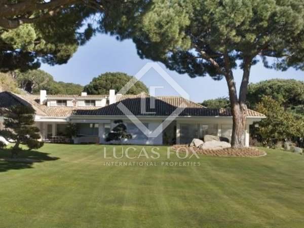 Huis / Villa van 908m² te koop in Sant Andreu de Llavaneres