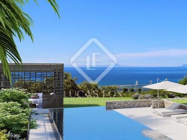 Maison / Villa de 1,000m² a vendre à Elviria, Costa del Sol