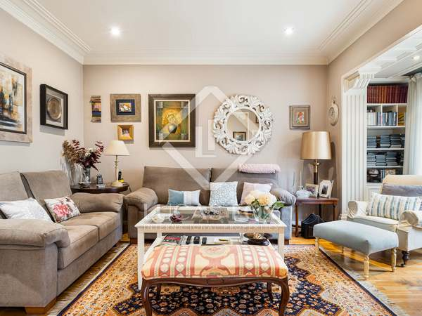 102m² Apartment for sale in Eixample Right, Barcelona