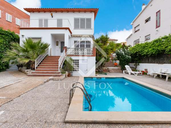 315m² House / Villa for sale in El Masnou, Maresme
