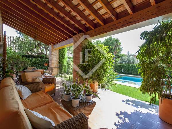 780m² House / Villa for sale in Godella / Rocafort