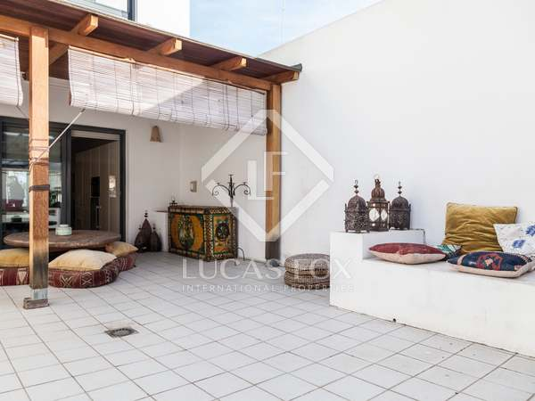 196 m² house with terrace for rent in Playa de la Malvarrosa
