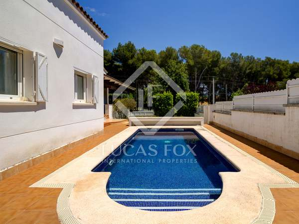 215m² House / Villa for sale in Torredembarra, Tarragona