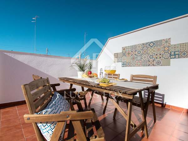 140m² Penthouse with 25m² terrace for sale in Playa de la Malvarrosa