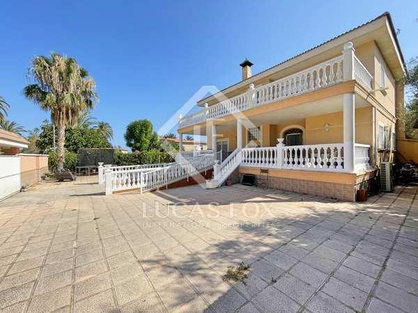 Huis / Villa van 499m² te koop met 150m² terras in Playa San Juan