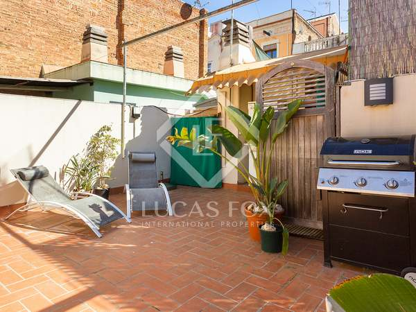 78m² Penthouse with 40m² terrace for sale in Poble Sec