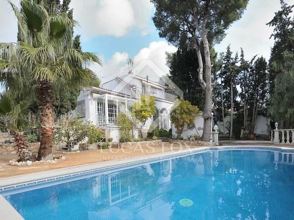 Villa de 255 m² en venta en Castelldefels, Barcelona