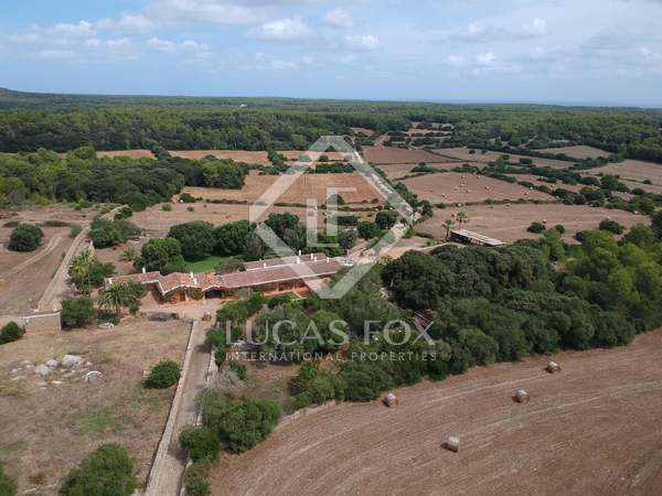 在 Mercadal, 梅诺卡岛 1,450m² 出售 乡间别墅 包括 500m² 露台