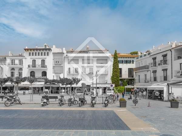 Casa modernista de 557m² en venta en Cadaqués, Costa Brava