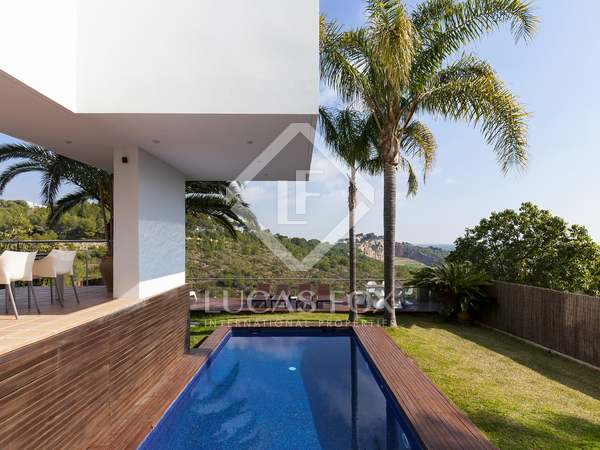 Huis / Villa van 400m² te koop in Castelldefels, Barcelona