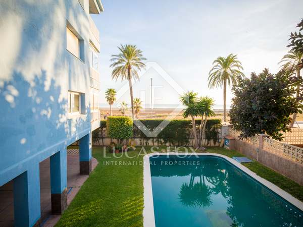 96 m² apartment with 28 m² terrace for rent in Castelldefels