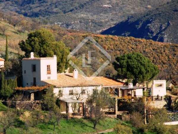 Beautiful, fully restored, 200 yr old finca with vineyards in Sierra de la Contraviesa