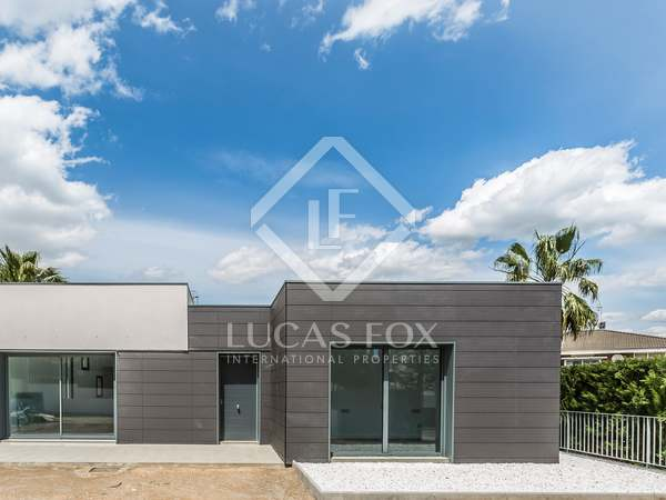 242 m² house for sale in Cunit, Vilanova