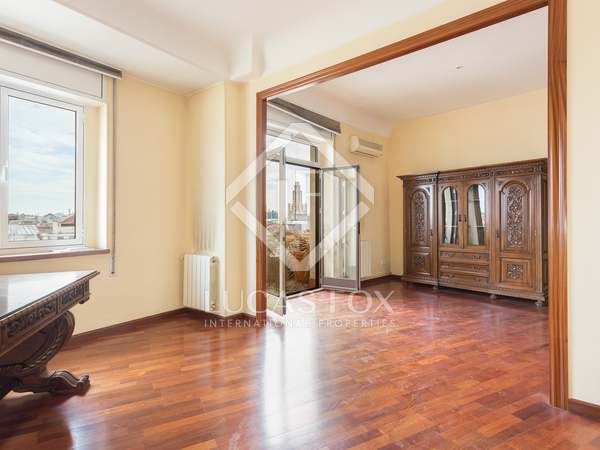 在 Eixample Right, 巴塞罗那 220m² 出售 房子