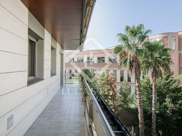 Appartement van 229m² te koop met 56m² terras in Pedralbes