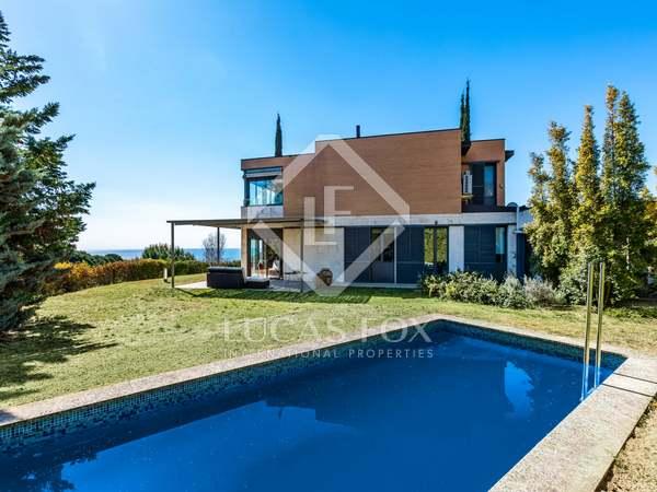366m² House / Villa for sale in Sant Vicenç de Montalt