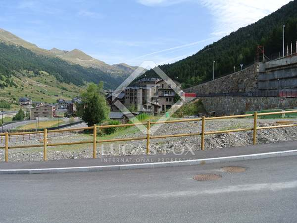 884 m² house for sale in Grandvalira Ski area