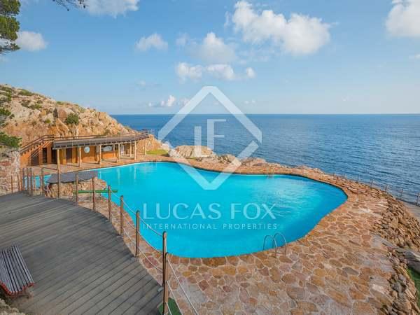 120m² Lägenhet till salu i Sa Riera / Sa Tuna, Costa Brava