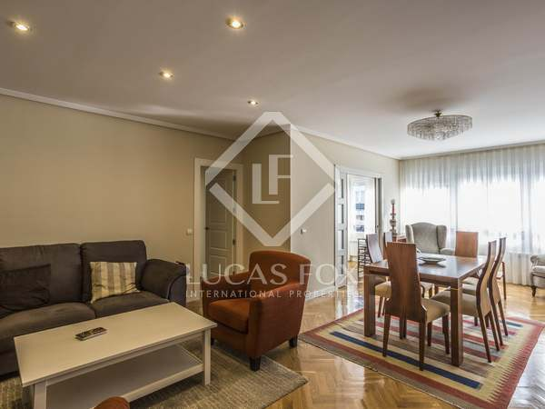 199 m² apartment for rent in Hispanoamerica, Madrid