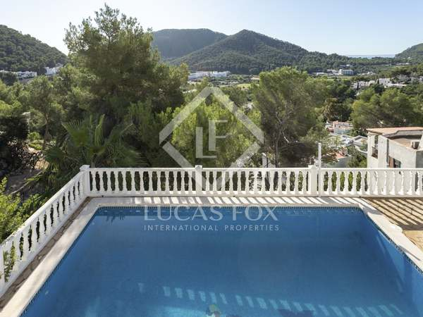 161m² House / Villa for sale in Santa Eulalia, Ibiza