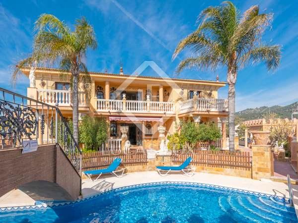 800m² House / Villa for sale in Málaga, Spain