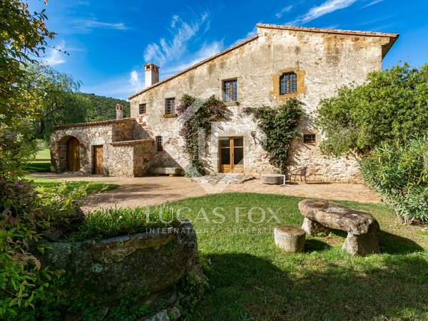 628m² Country house for sale in Playa de Aro, Costa Brava