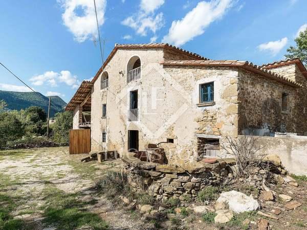 Masía a renovar de 510 m² en venta en Girona