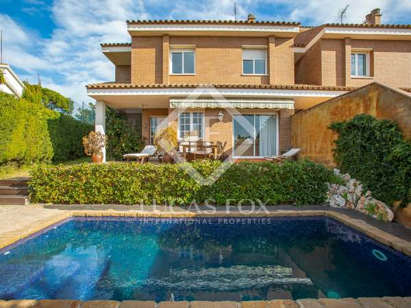 284m² House / Villa for sale in Teià, Barcelona