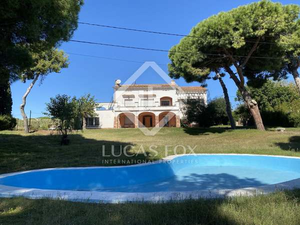 547m² House / Villa with 3,640m² garden for sale in Mataro